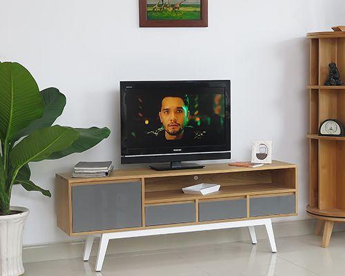 kệ tivi gỗ sồi 4 ngăn dài 1,6m