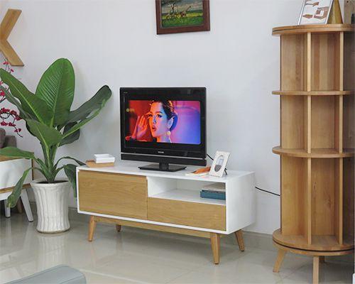 kệ tivi phong cách hiện đại phù hợp với chung căn căn hộ thiết kế kệ có chân lắp ráp tháo rời kích thước dài 1.4m