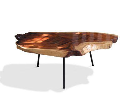 bàn uống nước tiếp khách với decor bằng gỗ tự nhiên nguyên tâm phù hợp với mọi không gian phòng khách